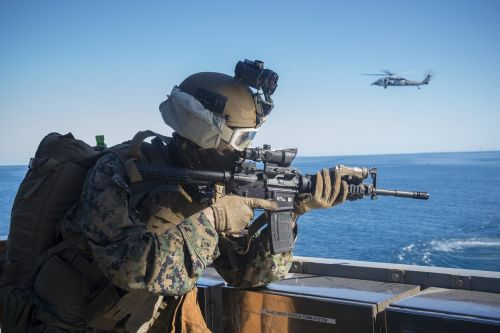 marine expeditionary unit soldiers rifle