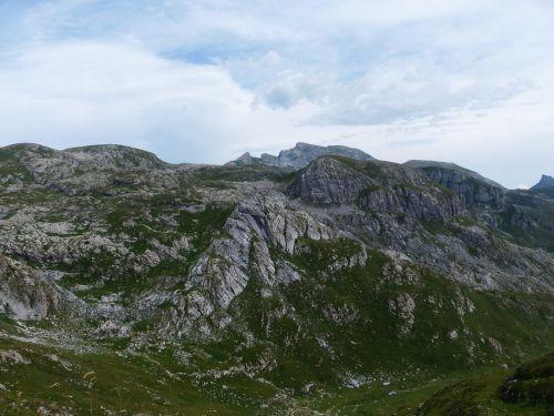 maritime alps alpine mountains