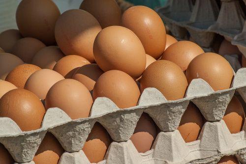 market hens eggs