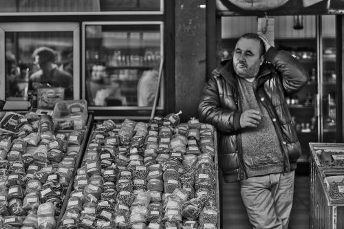 market seller black white