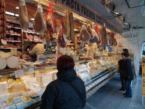 market italy market place