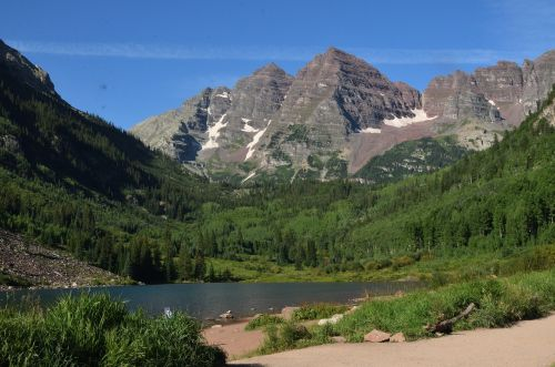 maroon bells mountain lake