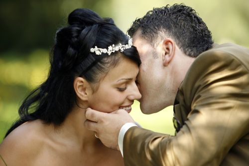 marriage bride and groom love