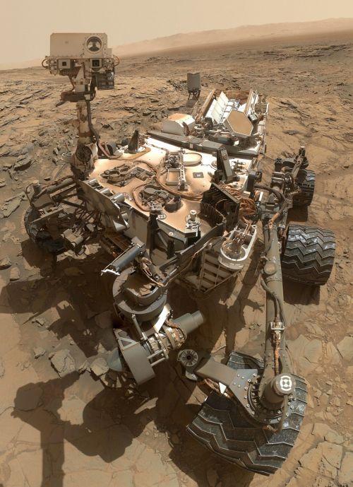 mars rover curiosity vehicle