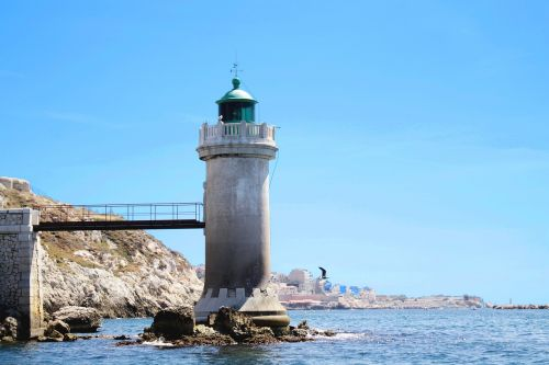 marseille sea lighthouse
