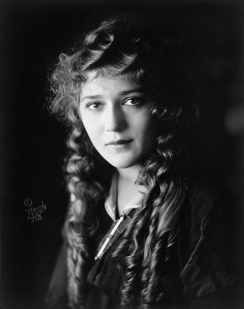 mary pickford actress motion pictures