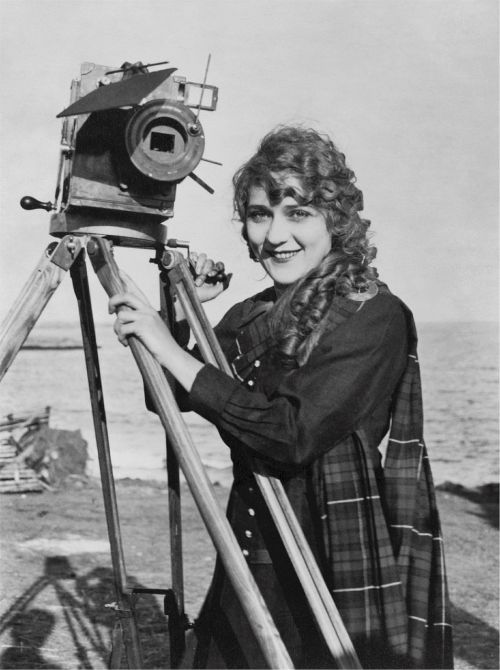 mary pickford canadian american actress