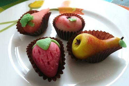 marzipan sweets fruits