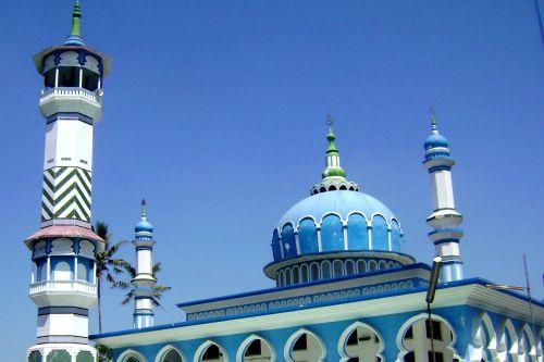 masjid,gondelfalga,malangas,jawa timur,Indonezija,rytų Java,java,musulmonas,musulmonas,mečetė,religija,Islamas,islamic,tikėjimas,architektūra,bokštai,bokštas,kupolas,mėlynas,ryškios mėlynos kupolos