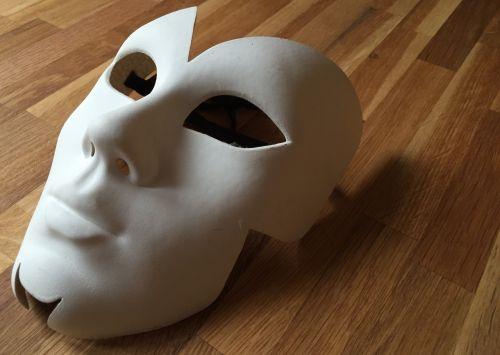 mask weird panel