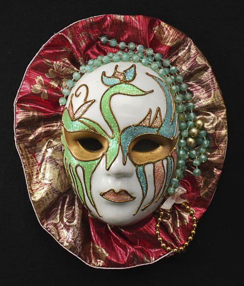 mask porcelain female