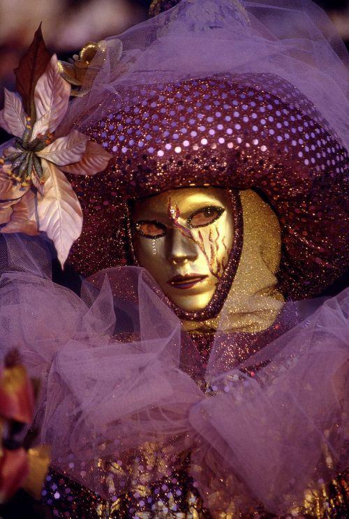 mask venice italy