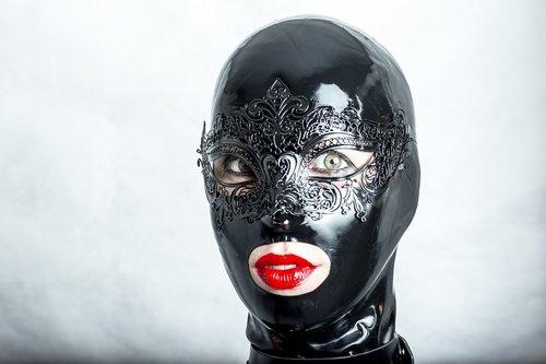 mask  hidden  black