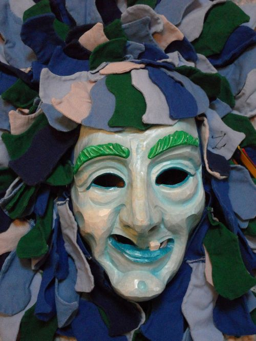 mask face carved