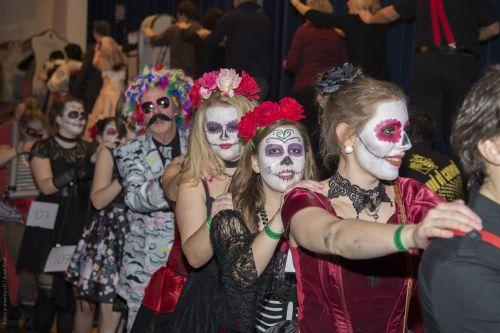 masked ball carnival polonaise