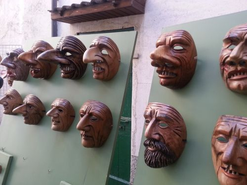 masks wood mountain