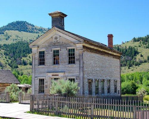 masonic lodge and schoolhouse  montana  bannack
