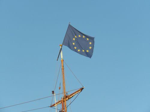mast,flag,europe