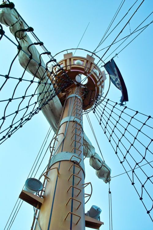 mast pirate ship pirate flag