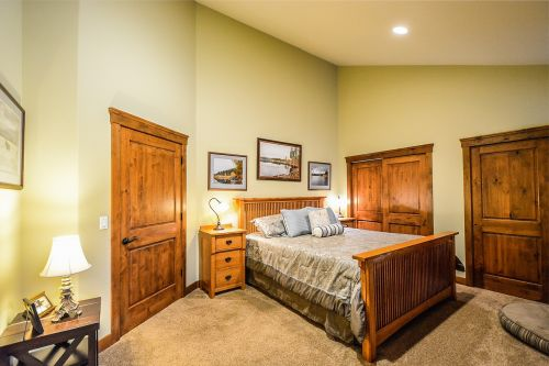 master bedroom bed closets