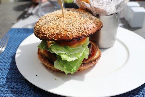 mat  snack  bread