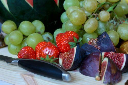 mat fest fruit
