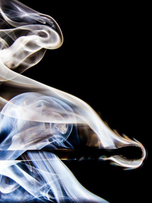 match smoke match head