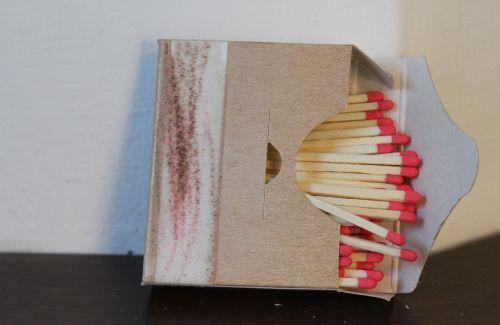 matchbox matches fire