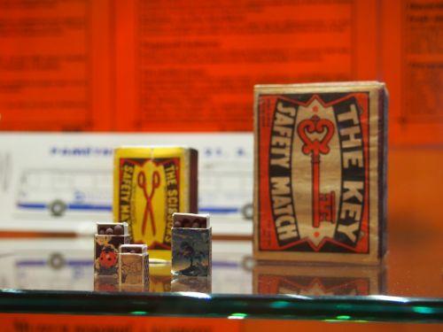 degtukai,dėžė,muziejus,įrašyti