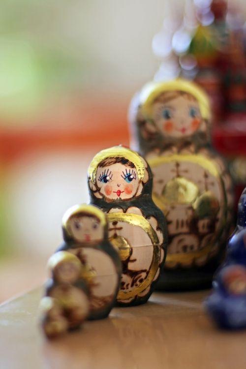 matryoshka dolls russian