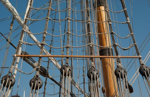 mats rope ladders sailboat