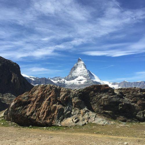 matterhorn zermatt snow
