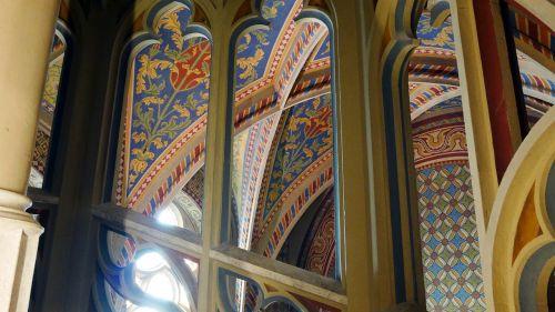 matthias church architecture
