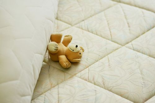 mattress bed pillow