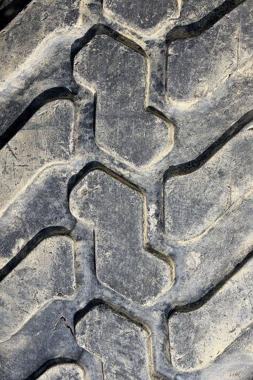 mature altreifen rubber