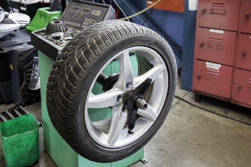 mature auto workshop