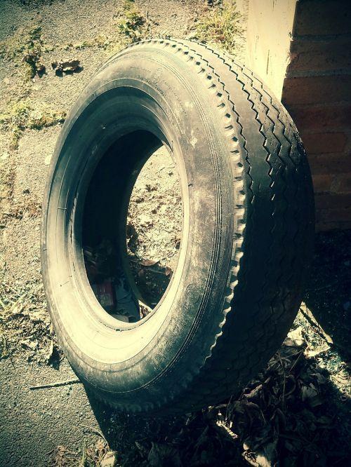 mature auto tires mature age