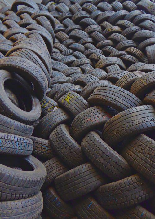 mature auto tires spare parts