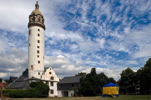 maximum castle tower