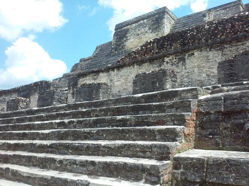 mayan ruins belize stone