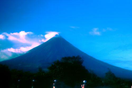 vulkanas, gamta, debesys, gražus, dangus, mėlynas & nbsp, dangus, Mayon & nbsp, vulkanas, puikus & nbsp, kūgis & nbsp, iš & nbsp, ugnikalnio, objektas, fonas, tapetai, Majono vulkanas 2