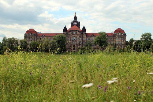 meadow green castle