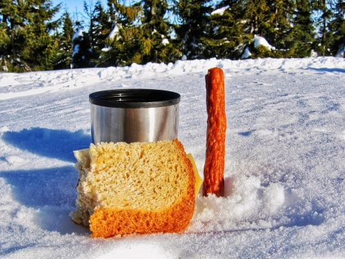 meal meal in the mountains bread