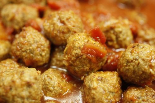 meat balls food spicy