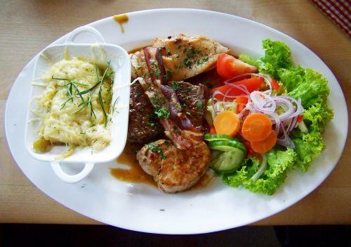 meat dish vegetable garnish main course
