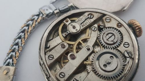 mechanical watch old