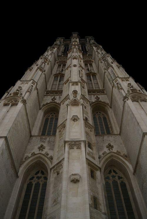 mechelen tower building
