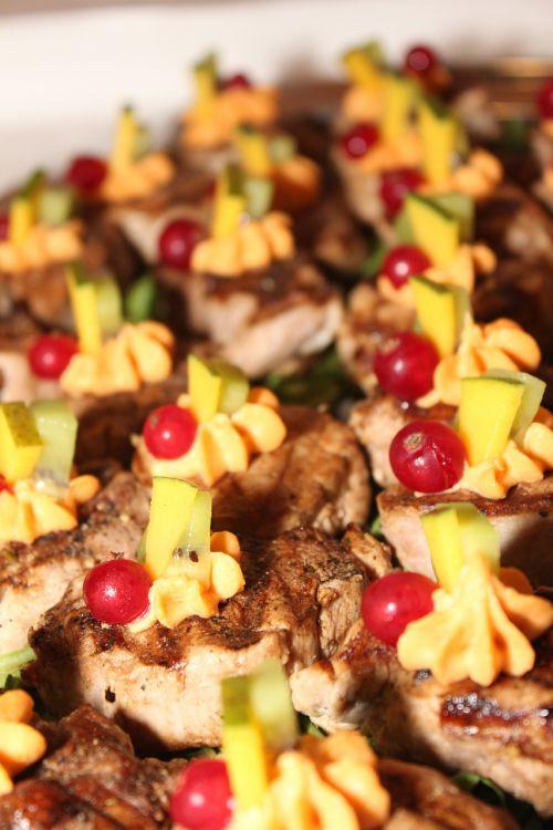 medallions meat buffet