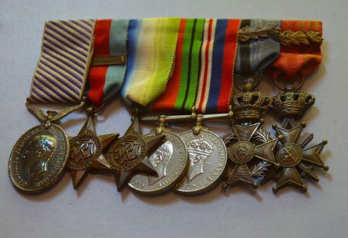 medals war medals war