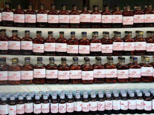 medicine traditional alternative
